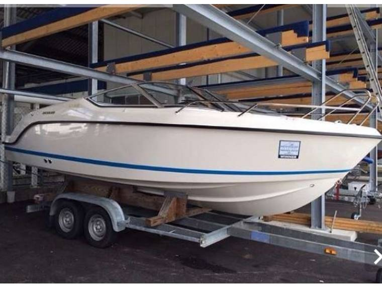 Quicksilver Quicksilver ACTIVE 645 CABIN Motorboot