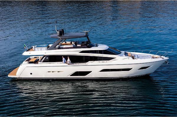 Ferretti Yachts 780 Ferretti 780