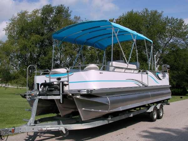 Apex Marine Angler Qwest 824