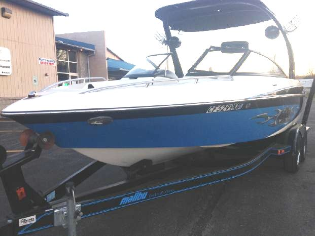 Malibu 23 LSV WAKESETTER with TOWER
