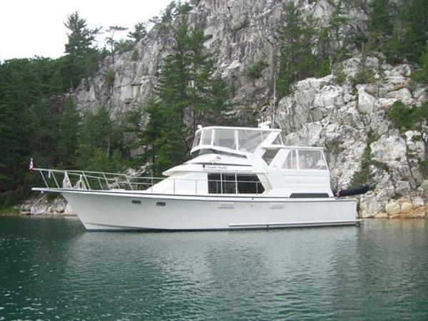 Tolly 44 Cockpit Motor Yacht