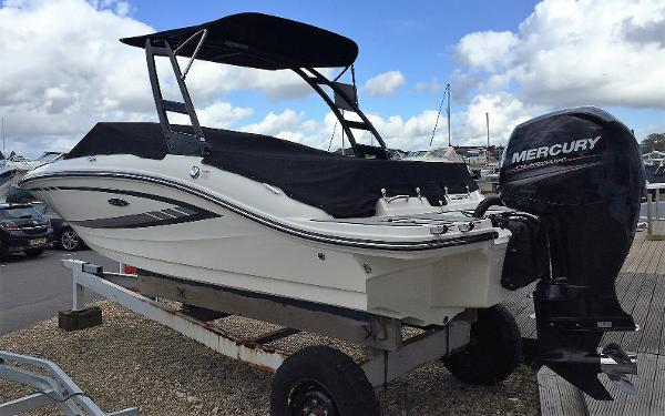 Sea Ray 19 SPX OB Sea Ray 190 SPO