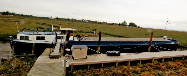 Barge Dutch Barge