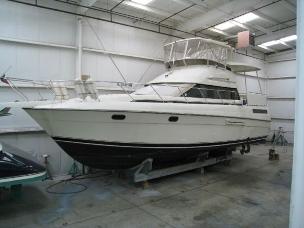 Silverton 41 Motor Yacht Profile