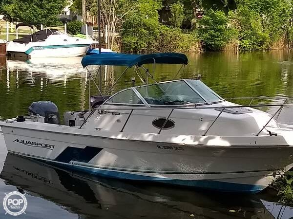 Aquasport 21 1998 Aquasport 21 for sale in Marine City, MI