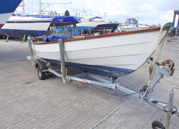 Drascombe Lugger Drascombe Lugger for sale with B J Marine