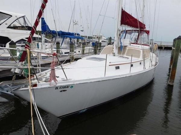 Gulfstar Sailmaster 47 Profile