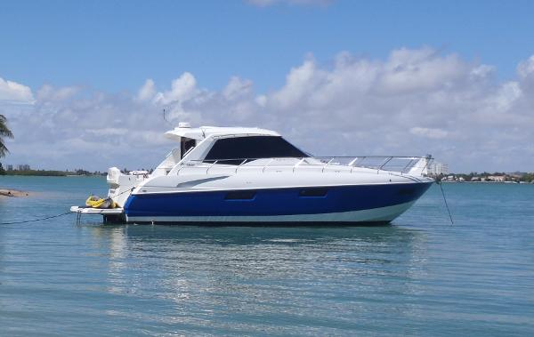 Cruisers 48 Cantius Starboard Side