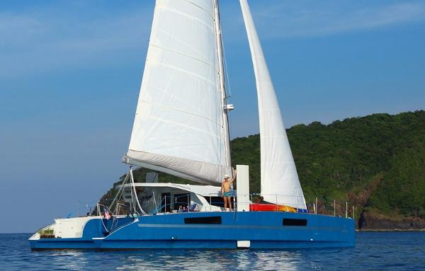 Custom Catathai Catamaran Profile
