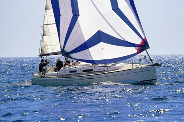 Dufour 34 Sister Ship: Dufour 34