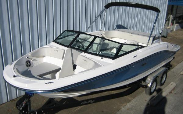 Sea Ray SPX210 BR