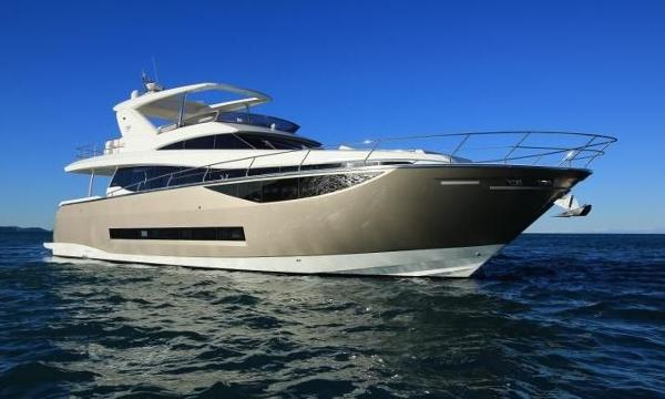 Prestige  750 Motor Yacht 2015 Prestige 750 Motor Yacht / Manufacturer Provided Image