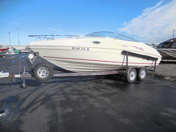 Rinker 232 CAPTIVA CD