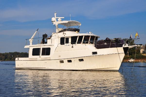 Ocean Alexander Classico Present Moment On The Hook In Annapolis