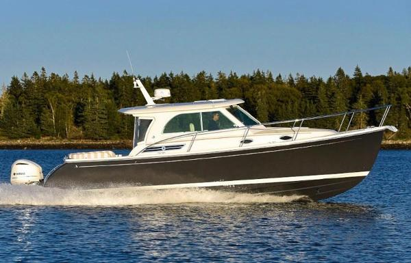 Back Cove 34 O Hardtop Express