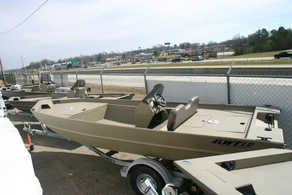 Alweld new and used boats for sale in ia for Fishing boats for sale in iowa