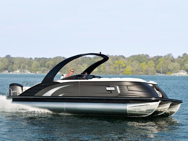 Bennington 25 QX Fastback Windscreen Sport Arch