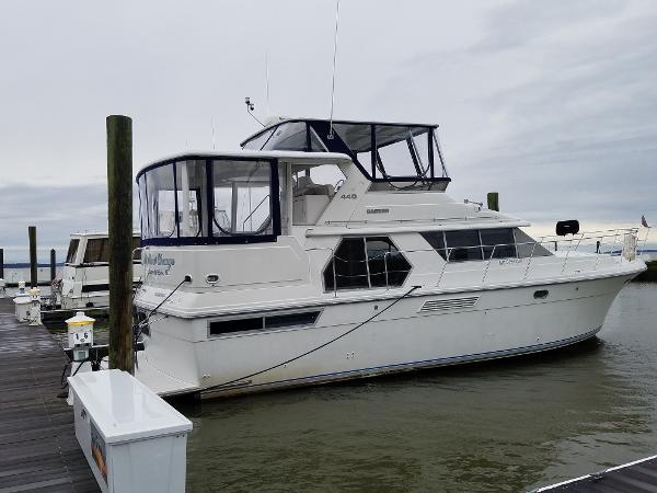 Carver 440 Aft Cabin Motor Yacht 44' 1993 Carver M.Y.