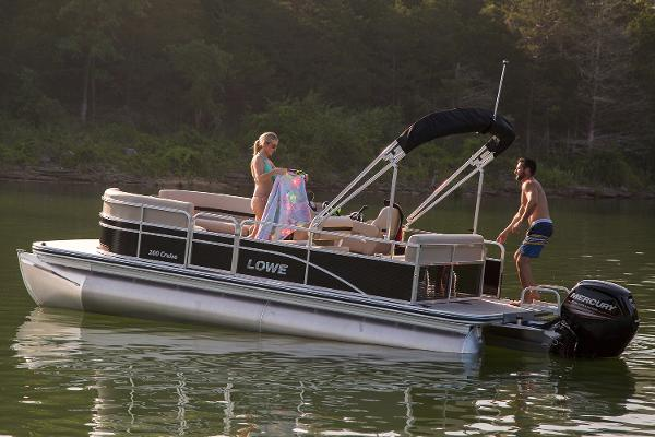 Lowe Ultra 200 Cruise Manufacturer Provided Image
