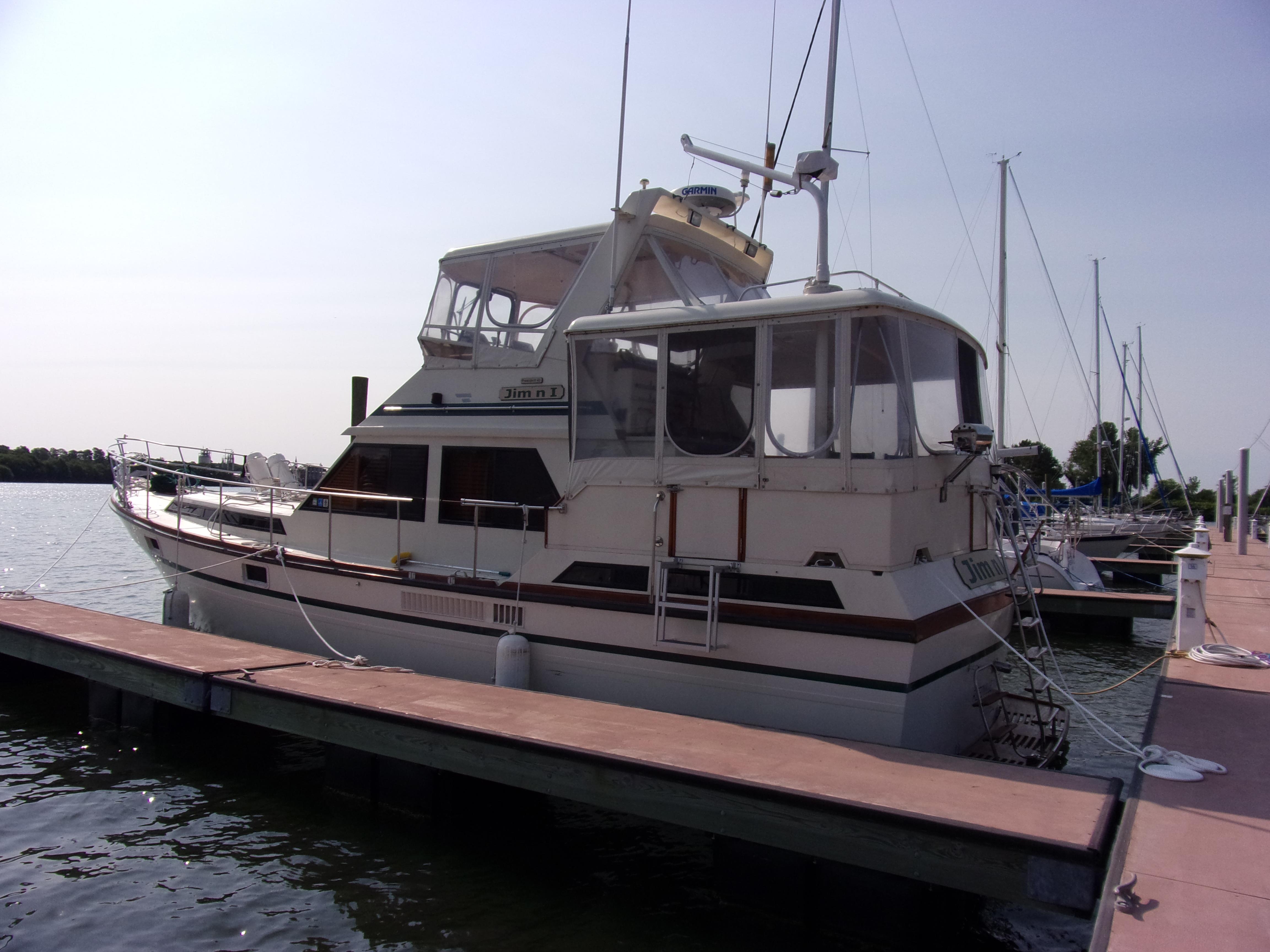 "President ""43"" Double Cabin Motor Yacht"