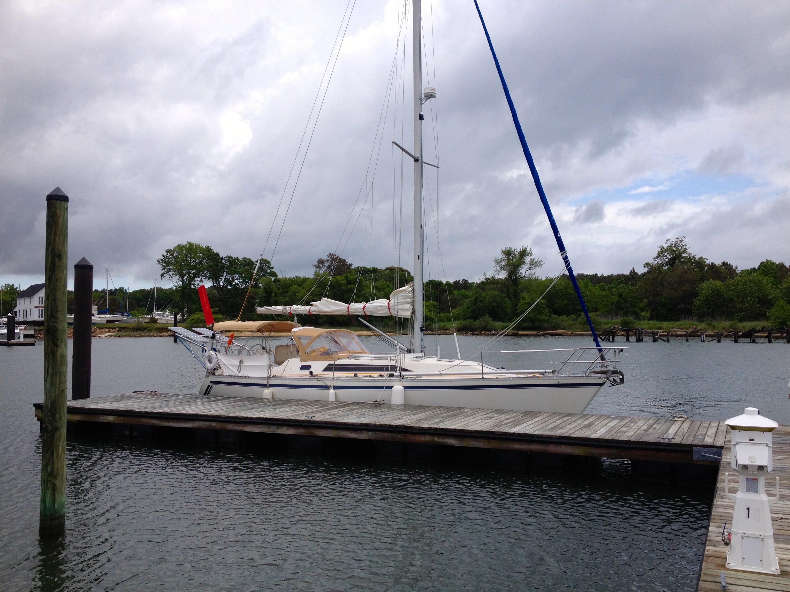 Canadian Sailcraft 36 Merlin Sloop