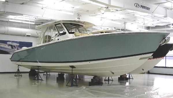 Pursuit S 408 Sport Sister Ship