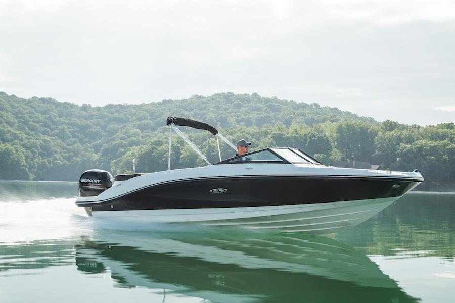 Sea Ray SPO 210 Outboard