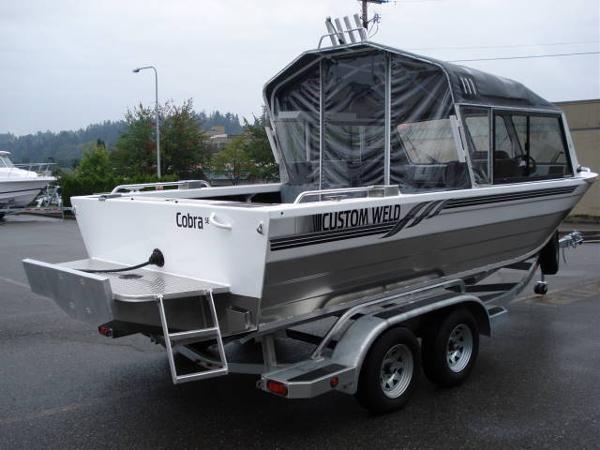 Custom Weld 21 Storm Offshore
