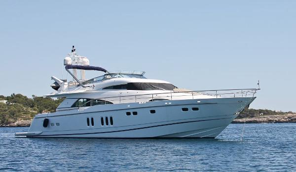 Fairline 78 Custom Yacht