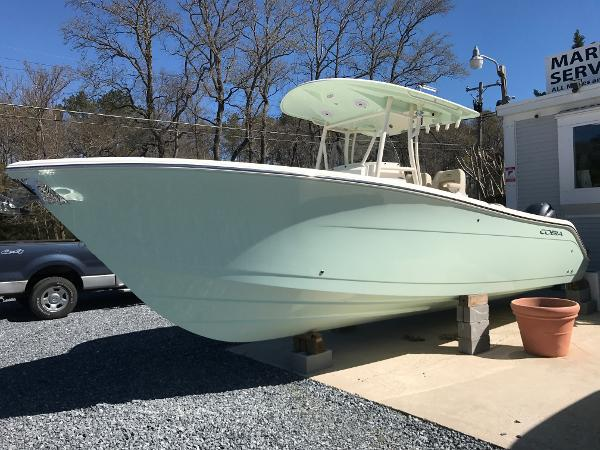 Cobia Boats 277 Center Console