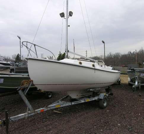 Com-Pac 16 J Sail