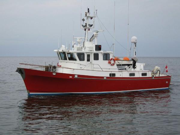 Trawler Custom 62