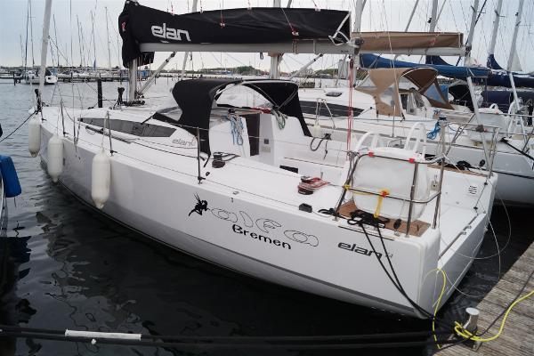 Custom Elan Line ELAN E4 DSC07506