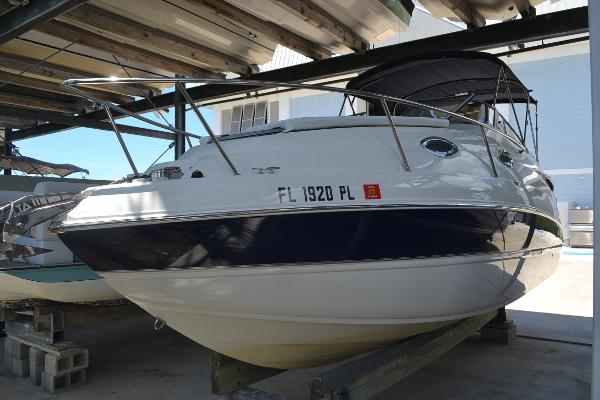 Stingray 250 CS Port Bow