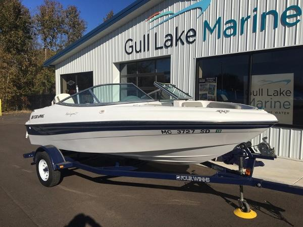 Four Winns Horizon 170 Outboard