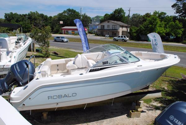 Robalo 227 Dual Console 2017-robalo-227-dual-console-bowrider-for-sale-ski-boat