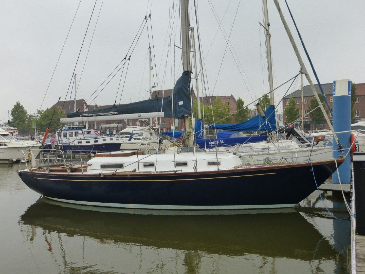Holman and Pye North Sea 24