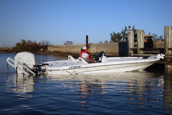 Legend Boats V-20i Manufacturer Provided Image