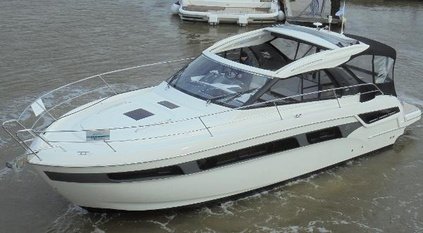 Bavaria S40 HT Bavaria S40 HT - On the water 2