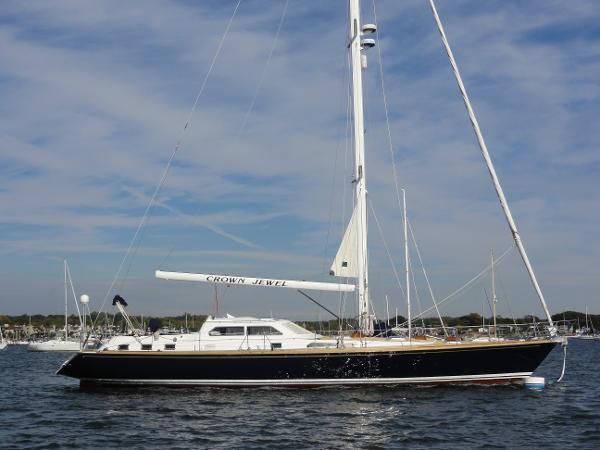Lager 65 Custom Pilothouse Sloop Profile