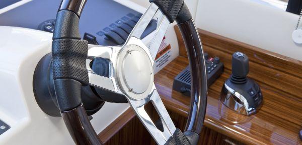 Maritimo Mustang 50 Helm