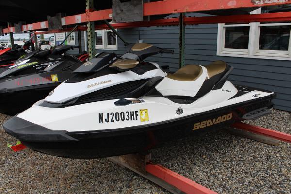 Sea-Doo GTX 215