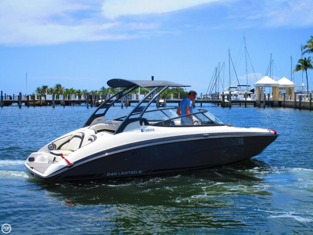 Yamaha 242 Limited S 2016 Yamaha 242 Limited S for sale in Miami, FL