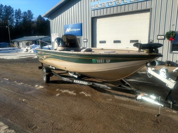 2003 Crestliner Fish Hawk 1850 Three Lakes Wisconsin Boatsrhboats: Fuel Tank Location On 1850 Fishhawk At Elf-jo.com