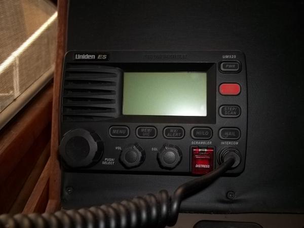 Uniden VHF radio