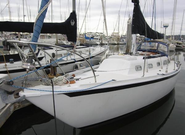 Ericson 32 Dockside
