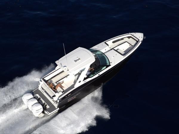 Monterey 385SE