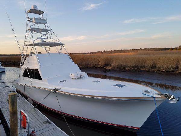 Ocean Yachts 55 Super Sport 1982/2016 Profile