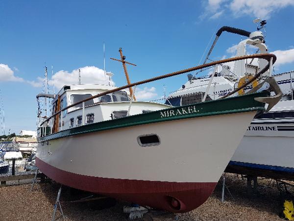 Classic Ten Broeke 36 Steel motorboat