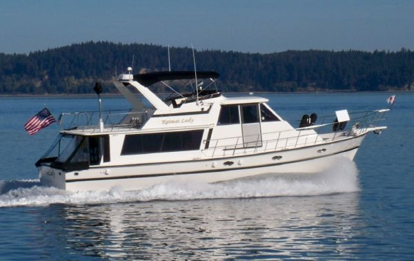 Nova Golden Star Pilothouse